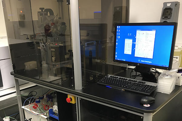 Image of a Rapidfire high-throughput screening system
