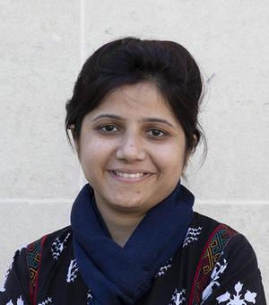 Portrait photo of Areesha Nazeer