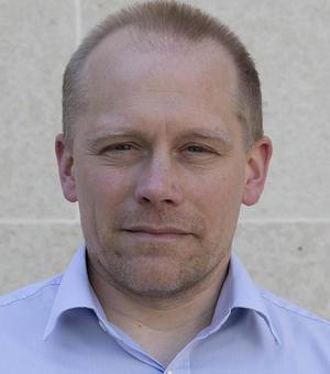 Portrait photo of David Hauton