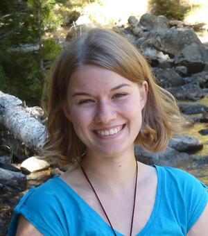 Portrait photo of Mona Wilken